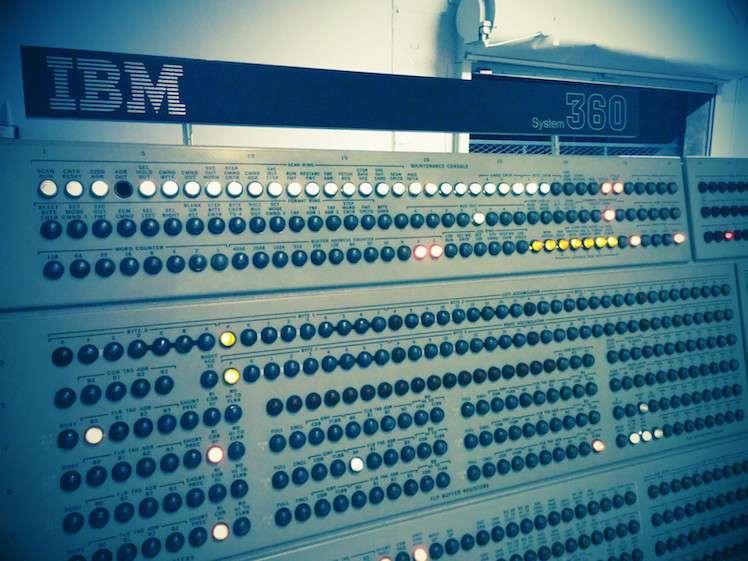 IBM System/390 Mainframe